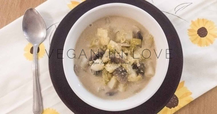 Potato, leek and mushroom soup