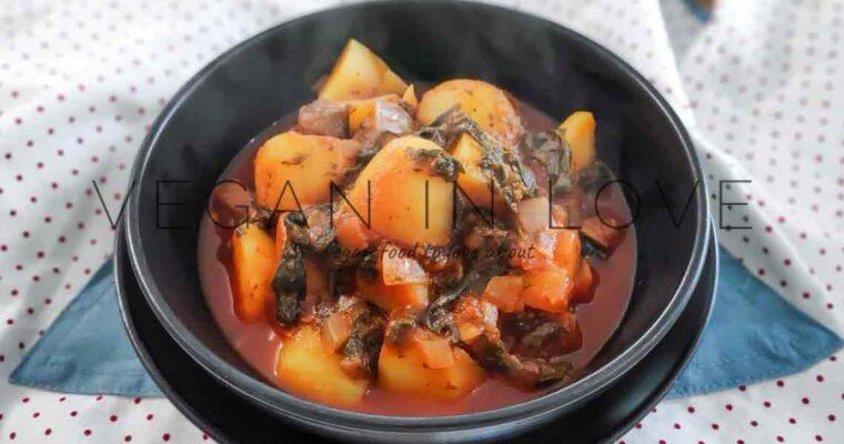 Potato in tomato & spinach sauce